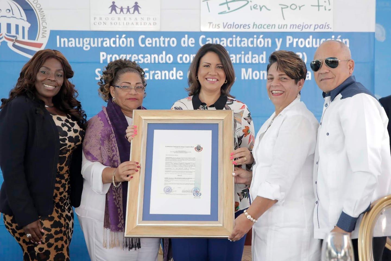 LA VICEPRESIDENTA DE LA REPÚBLICA, MARGARITA CEDEÑO DE FERNÁNDEZ, FUE DECLARADA COMO HUÉSPED DISTINGUIDA DEL MUNICIPIO DE SABANA GRANDE DE BOYÁ,